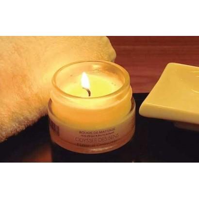 Massage à la bougie tiède parfumée